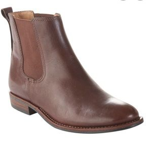 LLBean Westport Chelsea brown boots